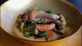Dorada exótica a la sal con verduritas Thai
