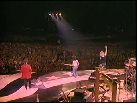 Hall & Oates - You Make My Dreams Come True / Hot Fun in the Summertime (Live)