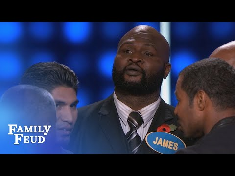 Okay, YOU TELL THEM TO HUDDLE!!!! | Celebrity Family Feud | OUTTAKE