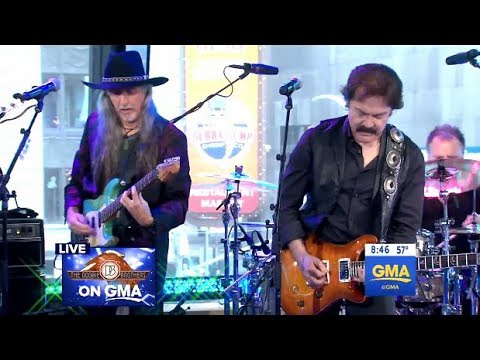 Doobie Brothers - China Grove - GMA (LIVE)