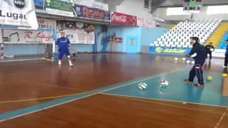 Desvío,despeje y rechace portero futsal. Ed 90. Vídeo 006/006