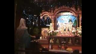 В воскресенье в храме на динамо москва 07 10 2012г(Святое имя., 2012-10-15T14:40:58.000Z)