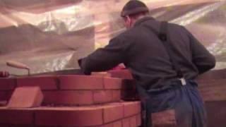 Строительство садовой печи камина (барбекю) www.stovestroy.ru(Строительство садовой печи камина.состоящей из мангала и варочной панели. Использовались кирпич LODE и финск..., 2010-11-09T18:09:21.000Z)