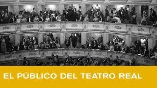 El público del Teatro Real: De los sombreros de copa a los móviles en modo avión