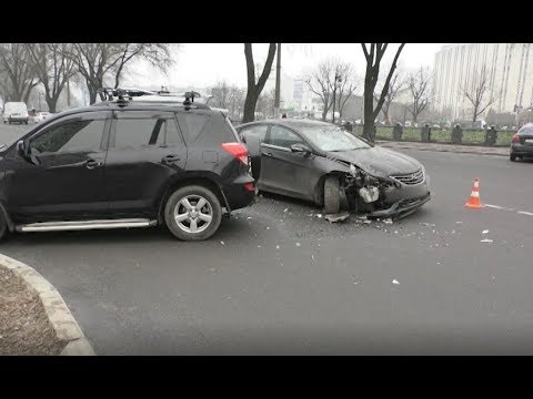 АТН Харьков: ДТП около Набережной. Количество аварий в городе увеличивается - 11.12.2019