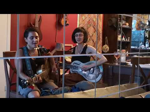 Lilith Creek & Jacky Blaire - What's That Smell Like Fish By Blind Boy Fuller