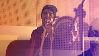 Desy -  Swing, swing, swing (Live @ Sound City Studio)