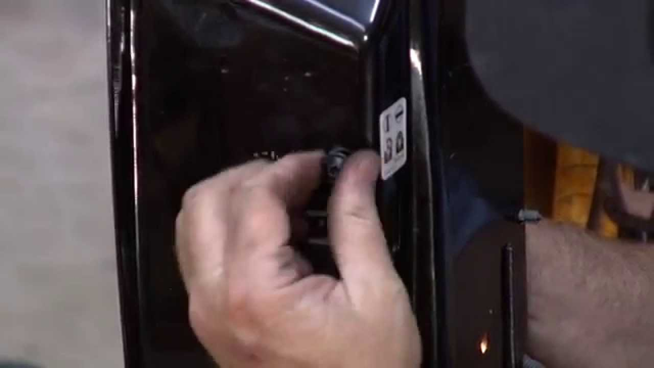 Automatic Power Door Lock Repair 2007 2014 Gm Truck Suburban Youtube Chevy Silverado Fuse Diagram