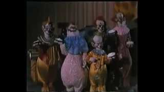 Payasos Asesinos (Killer Klowns from Outer Space) (Stephen Chiodo, EEUU, 1988) - Trailer Español