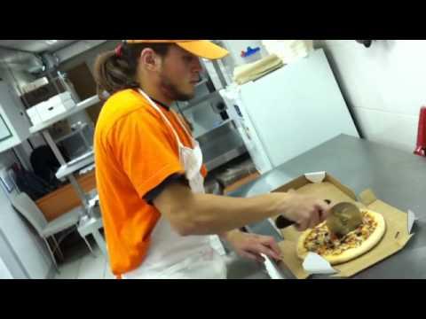 Как делается Додо Пицца?