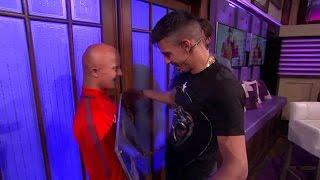 Boef krijgt grote verrassing van grote fan - RTL LATE NIGHT