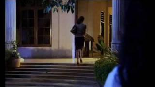 Adegan Hot Cynthiara Alona Film Diperkosa Setan