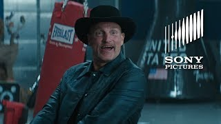 ZOMBIELAND: DOUBLE TAP - Award (In Theaters October 18)