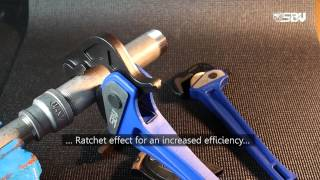 EN Adjustable ratcheting wrench, One Hand pipe wrench, Tube ratchet wrench set