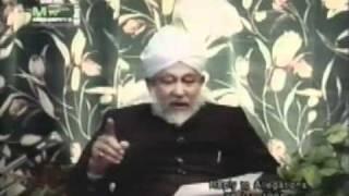 Hazrat Mirza Sahib Nay Apnay Daway Kion Badlay?