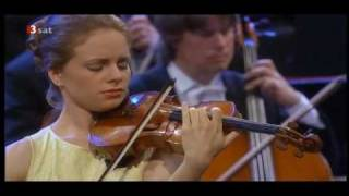 01 Brahms Violin Concerto, Julia Fischer (Violin) - 1rst Movement ( 1/3 )