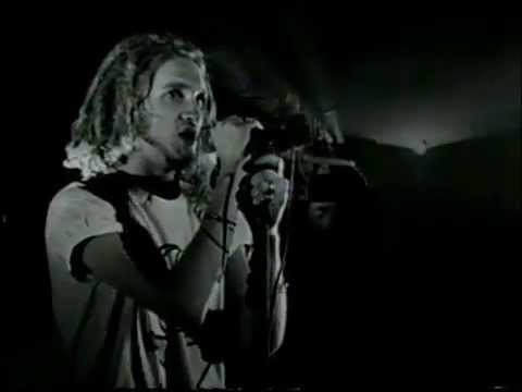 Alice In Chains - Love, Hate, Love - Live at the Moore