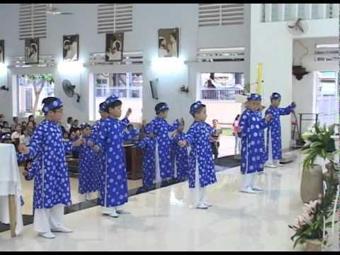 ► Dâng hoa Kính Đức Mẹ 07.05.2011. Video Clip