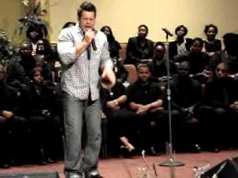 "Wess Morgan ""You Gave Me Hope"" sings LIVE in Baton Rouge, LA."