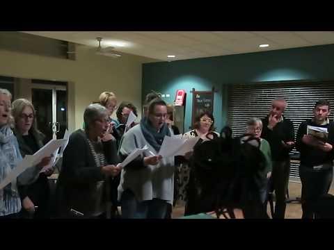 """""""Ах ты степь широкая"""", песню поет австралийский хор города Ballarat"""
