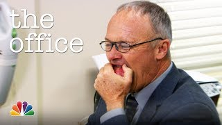 Creed Eats a Potato - The Office