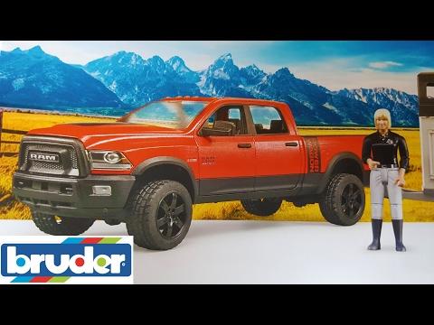 BRUDER toys NEWS of 2017!