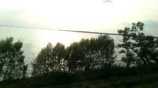 Сапсан пересекает Волгу(Сапсан едет по мосту через Волгу. Видео из поезда. Дата записи: 29 августа 2011 года. Samsung Galaxy S., 2013-03-17T17:11:04.000Z)