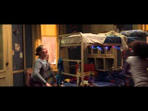 """ANNIE - Clip """" Krasses Leben""""- Ab 15.01.2015 im Kino!"""