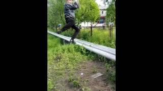 Как отдыхает местная молодёжь в поронайске(В моих видео рассказывается как я и мои друзья проводят своё свободное от дел время . Как мы гуляем что делае..., 2016-07-03T10:18:24.000Z)