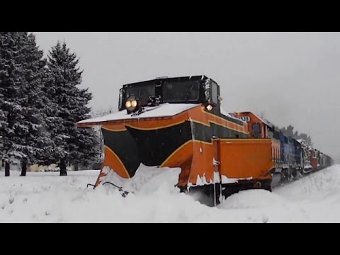Thumbnail: I FINALLY CAUGHT THE RUSSELL SNOW PLOW! | Jason Asselin