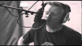 Billy Bragg - Sing Their Souls Back Home