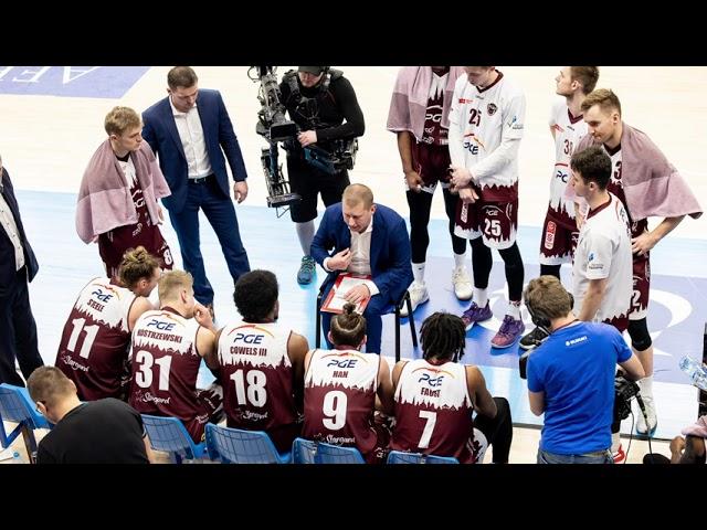 Wywiad z trenerem Markiem Łukomskim.