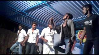 Veeram- nallavanu sonna ajith dance