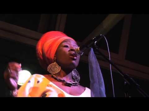 DUDU MANHENGA & COLOR BLU [Afro-Jazz, ZIMBABWE] Live @BIKO 20.04.2012