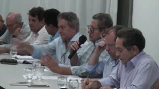 Jorge Brito apoia irrigantes de Morada Nova na garantia da água para produção
