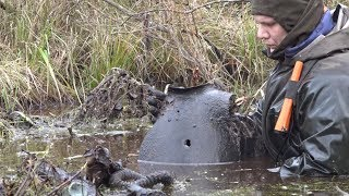 Пришлось нырнуть по горло в болото, поиск без вести пропавших солдат
