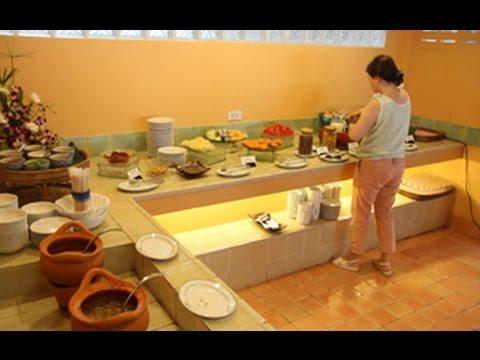 ห้องอาหารเช้า โรงแรมระยองรีสอร์ท บ้านเพ จ.ระยอง - Rayongresort  ที่พักสุดสบายติดทะเล