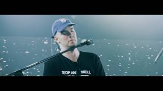 Gambar cover Mac Ayres -  Slow Down Live at AM Festival