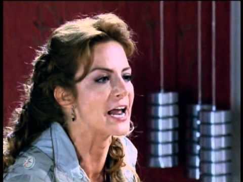 Renata desmascara Roberta
