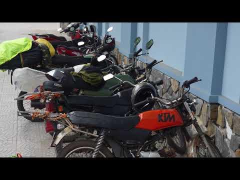 Vietnam Roadtrip 2017 || Travelling from Ho-Chi-Minh-City to Hanoi on fake Hondas