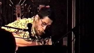 2002年、芦別ロックハウス・ディランにて。 なぎら健壱さんも歌っていた...