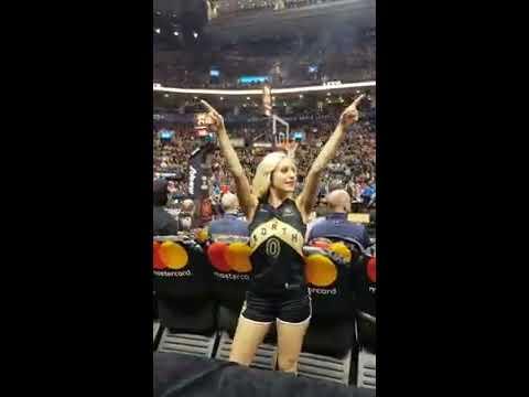 Toronto Raptors introductions - Welcome Toronto 'Drake Night'