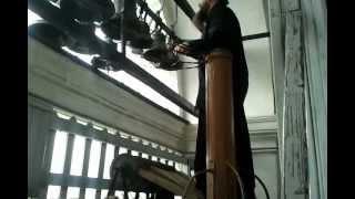 Троице-Сергиева лавра. Звон после литургии.(, 2012-08-22T18:22:17.000Z)