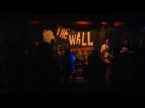 Junk Kick   Gedebak Gedebuk  @ The Wall
