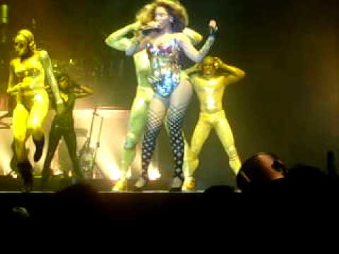 Beyoncé - Radio (I Am... Tour in Lisbon)