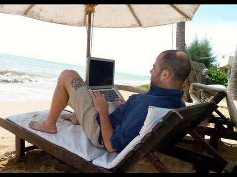 Viaggiare Lavorando Grazie a Internet: La Storia di Andrea Di Rocco