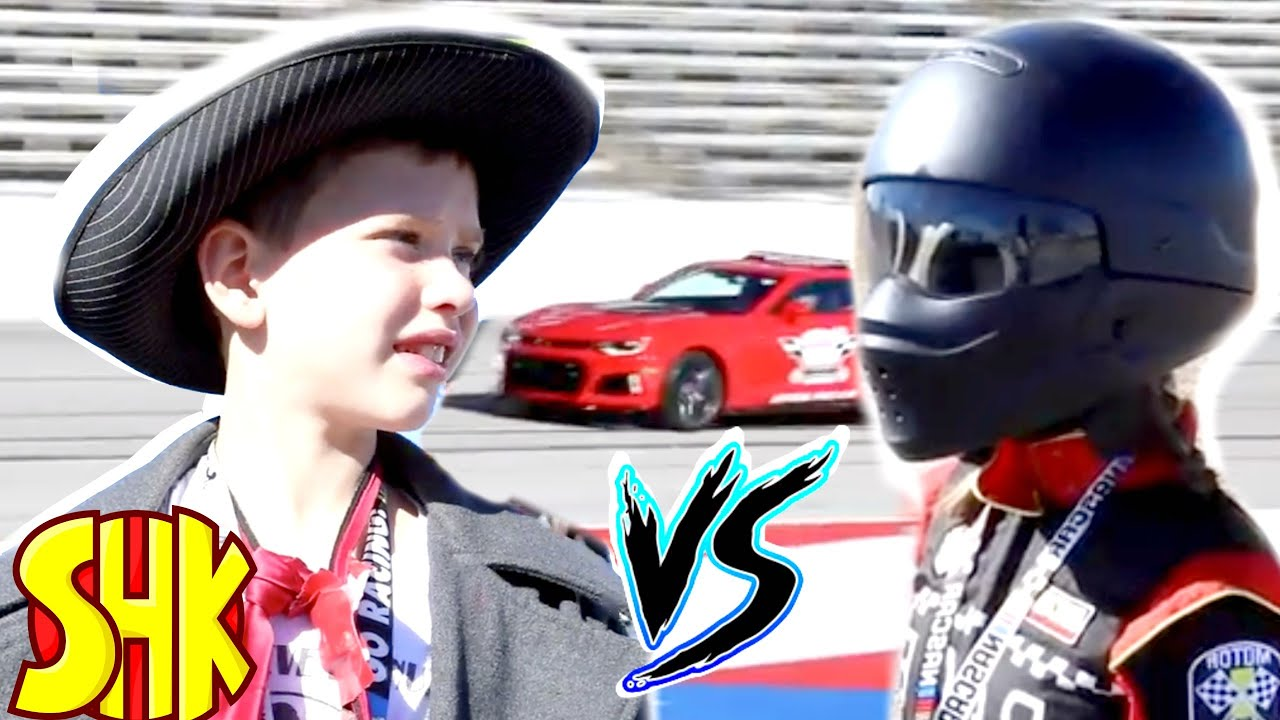 Missing Race Car Drivers MYSTERY! Detective Donut vs NASCAR Robot Race Cars Drivers Evidence Found