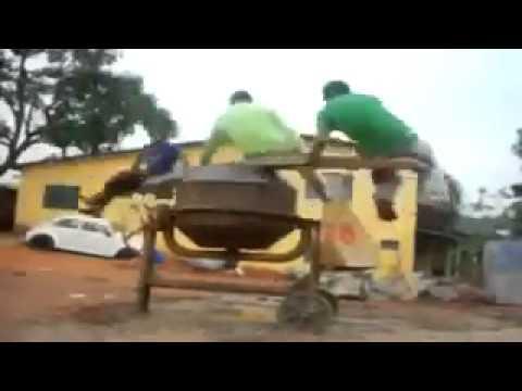 ibioten bauen sich ein karussell youtube. Black Bedroom Furniture Sets. Home Design Ideas
