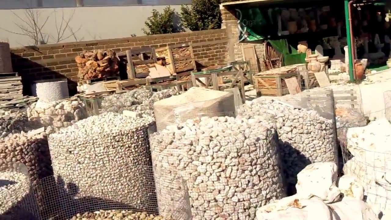 Lg marmi e pietre panoramica pietre ornamentali per arredo for Arredo giardino vendita on line