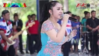 Download lagu Cincin Kepalsuan ULFI New Damira Live Banyubiru